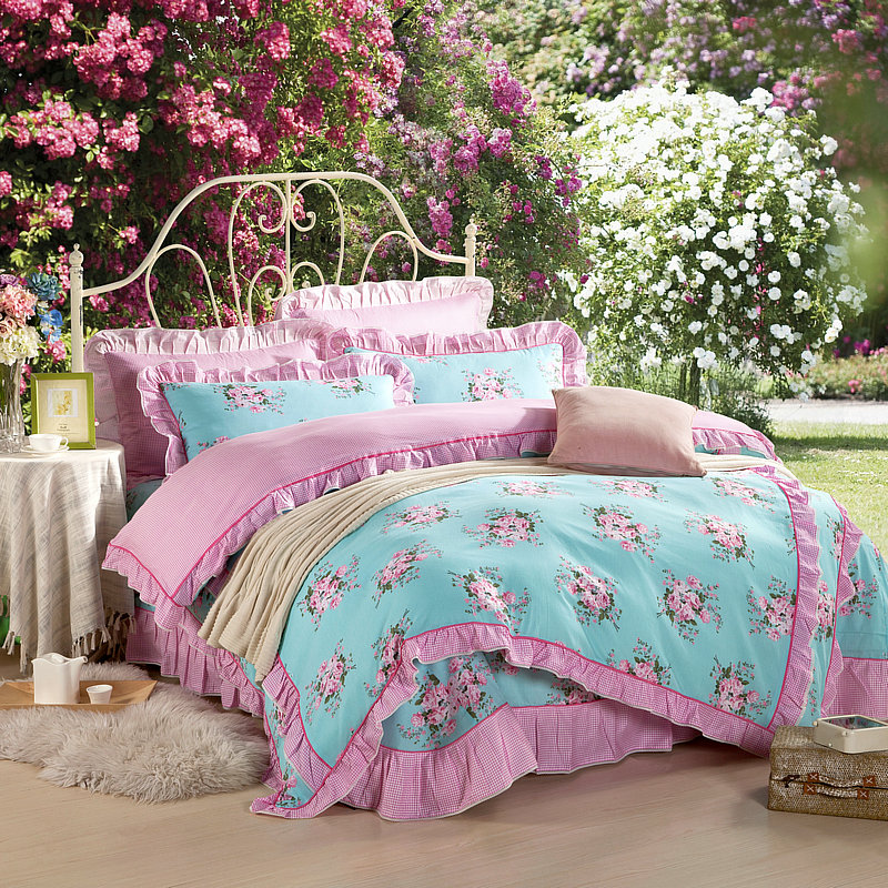 LYU21 Designer Bedding set Duvet Cover set 4pcs Queen king Size pillow covers cotton flat sheets Free Fast Shipping Blue Flowers(China (Mainland))