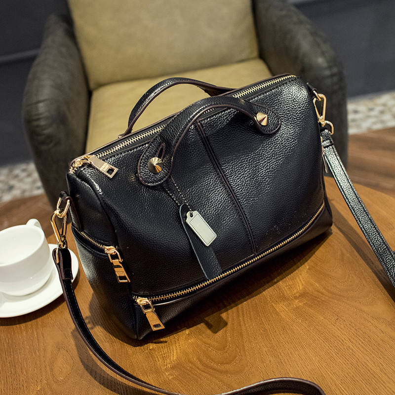2015 Womens New Winter European Boston Handbag Solid Color Genuine Leather Women Messenger Bag sac a main YF3039<br><br>Aliexpress