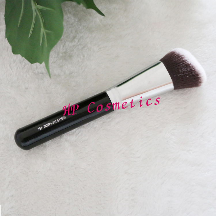 SGM F84 ANGLED KABUKI makeup brush