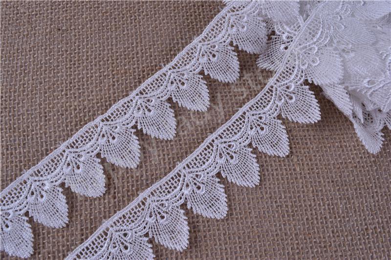 87yard  Cream white and black Flower Venise/Venice Lace Victorian Lace  Victorian Scalloped Lace Trim wide :3.7cm