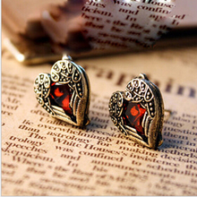 fashion accessories peach heart shining ruby stud earring 6g jewlery wholesale C302(China (Mainland))
