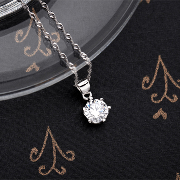 Classic 925 Sterling Silver Platinum Plated Shiny CZ Crystal Silver Pendant Women Girl Fashion Jewelry Gift(China (Mainland))