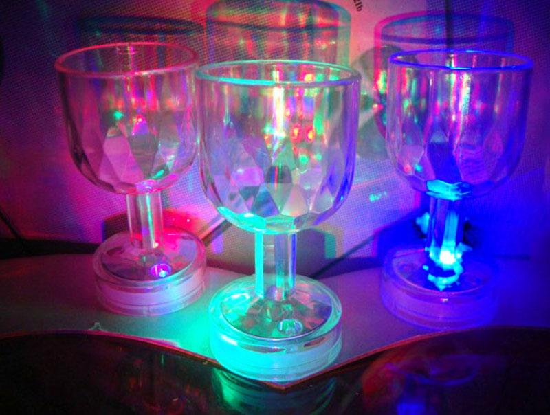 LED Mini Flashing Clear Crystal Mug Wine Glass Beer Drink Cup Bar Party Colorful #51276(China (Mainland))