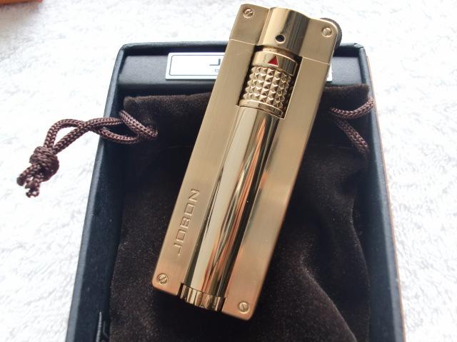 ถูก ก๊าซเติมไฟฉายไฟแช็คZB365สูบบุหรี่windproofบูติกบุคลิกภาพเปลวไฟแบบพกพาเบา