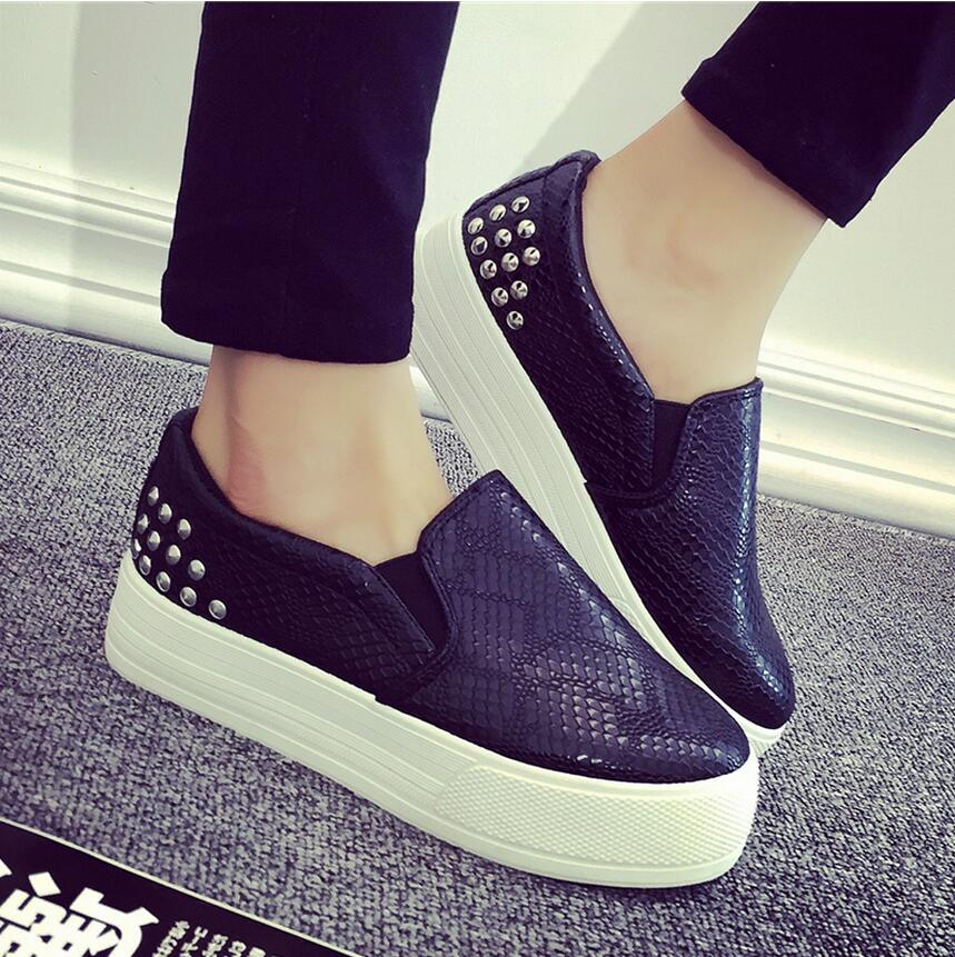Spring/autumn period new Leather canvas shoes female leisure large base sponge loafers a pedal lazy shoes women's shoes 1(China (Mainland))