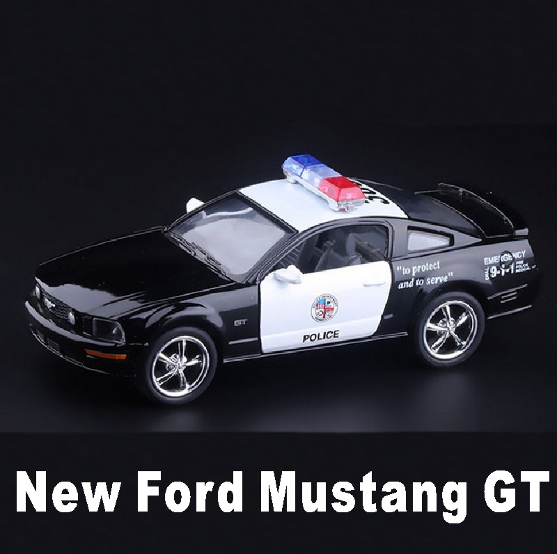 New Ford 2006 Mustang GT Police CCar Alloy Diecast Model Car Vehicle Toy Collection As Gift For Boy Children Toys(China (Mainland))
