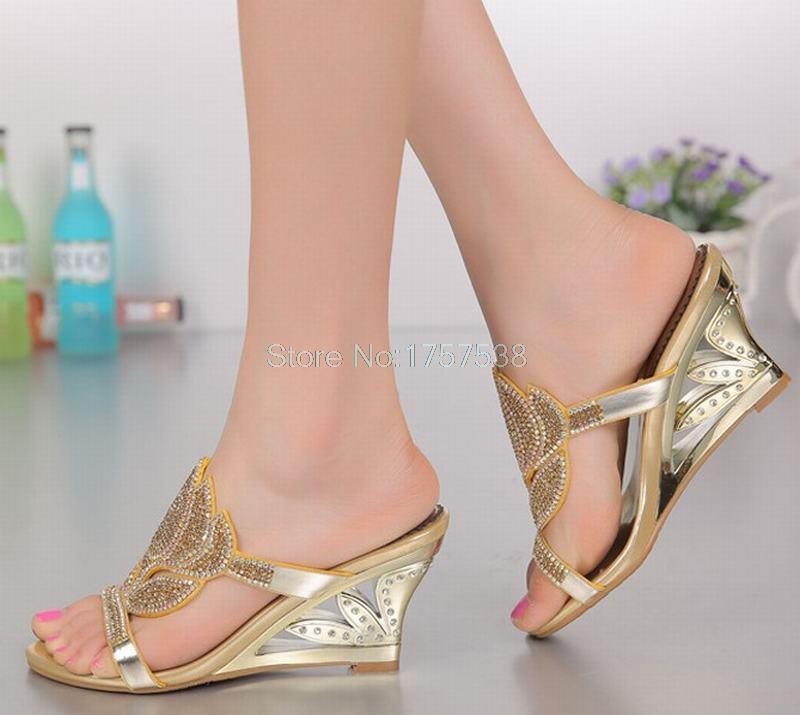 big size 34-44 new 2016 Summer Bling bling Crystal Woman Slippers Fashion Rhinestone Flowers Sexy Wedges sandals high heels shoe