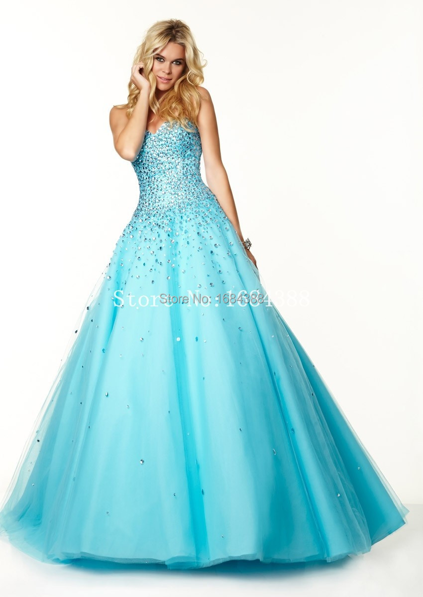 Hot Sale Sweet 15 Dresses Quinceanera Dresses Ball Gown Sweetheart Beading Long Tulle Quinceanera Dresses(China (Mainland))