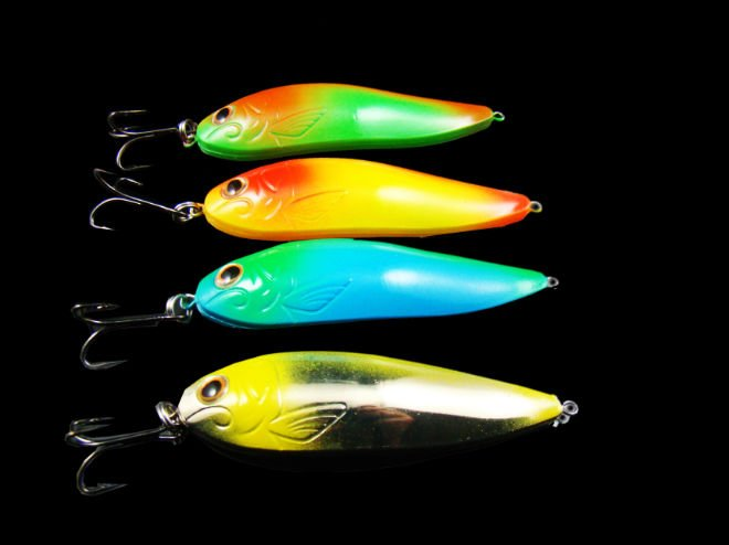 ON SALE !!! /The latest design and Attractive color / hard fishing lure /80mm 6g(China (Mainland))