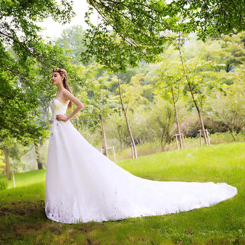 Luxury court train wedding dress with sweetheart bandage beading crystal detail vestido de noiva 2015 new(China (Mainland))