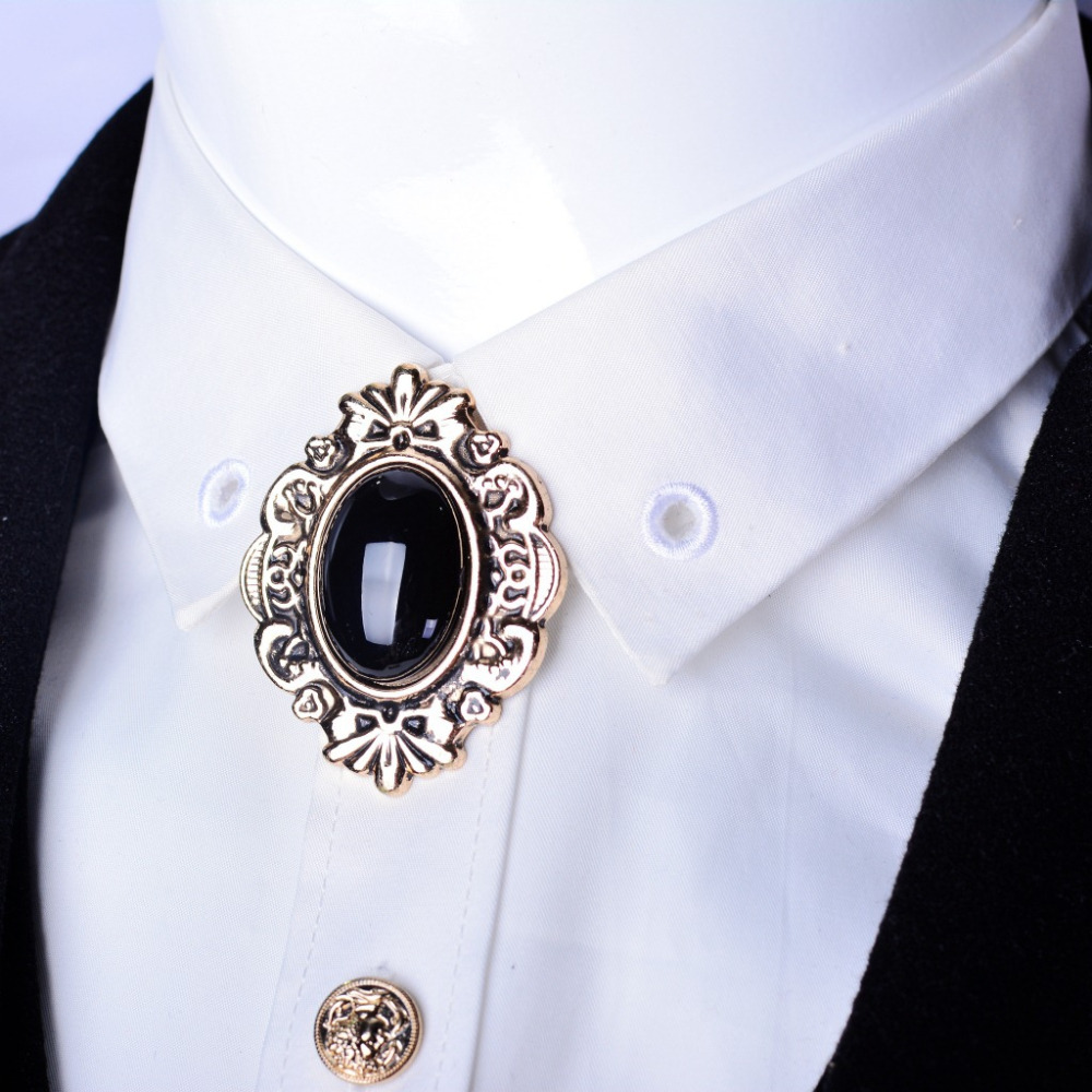 1000 Images About Collars With Brooch On Pinterest