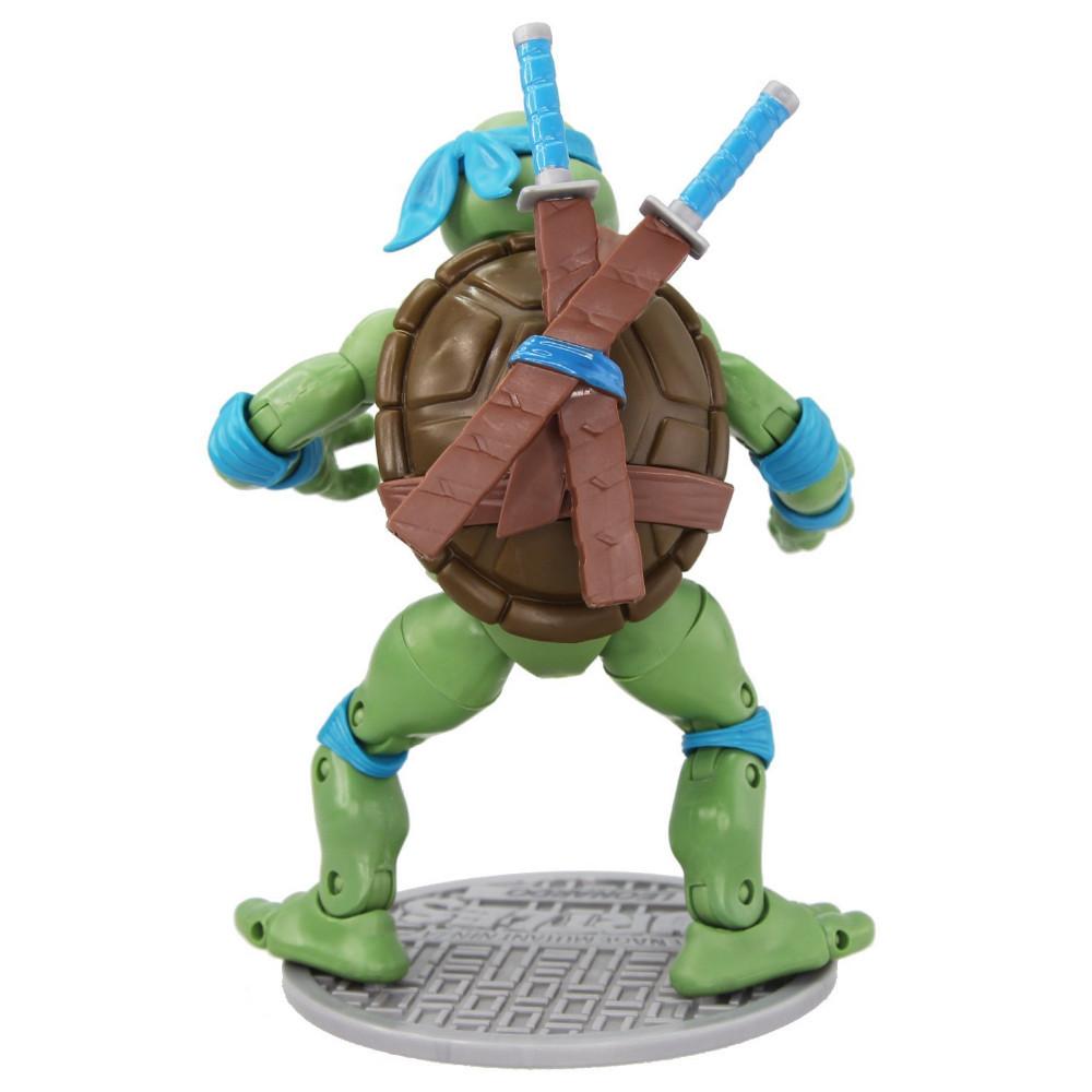 Фигурка героя мультфильма Teenage Mutant Ninja Turtles Ninja  Leonardo