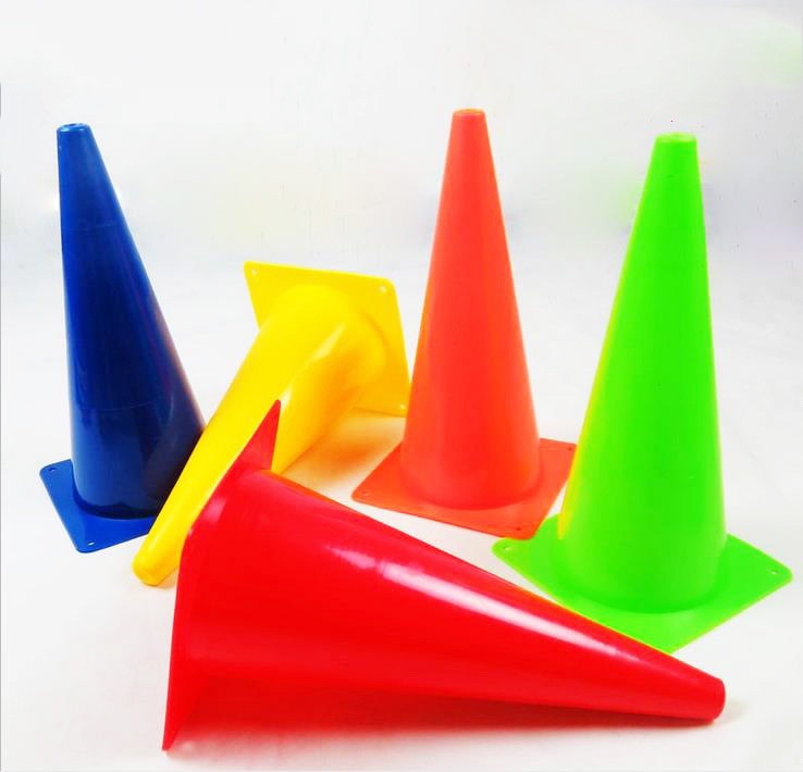 Football Training equipment 10Pcs/Lot 18CM Marker Cones Slalom Skating Football Soccer Rugby Fitness Drill 5 Color Free Shipping(China (Mainland))