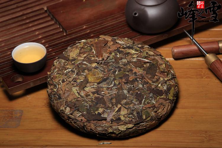 2014 the millennium white tea tea GongMei old life of eyebrow mountain super white tea tea organic white tea cake