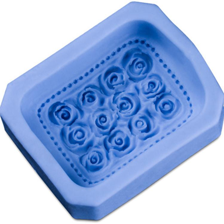 1pc Romantic 12 Roses Flower Silicone Cake Molds Non-Stick Sugar Fondant Jelly Jello Ice 3D Soap Moulds Baking Tools F1636