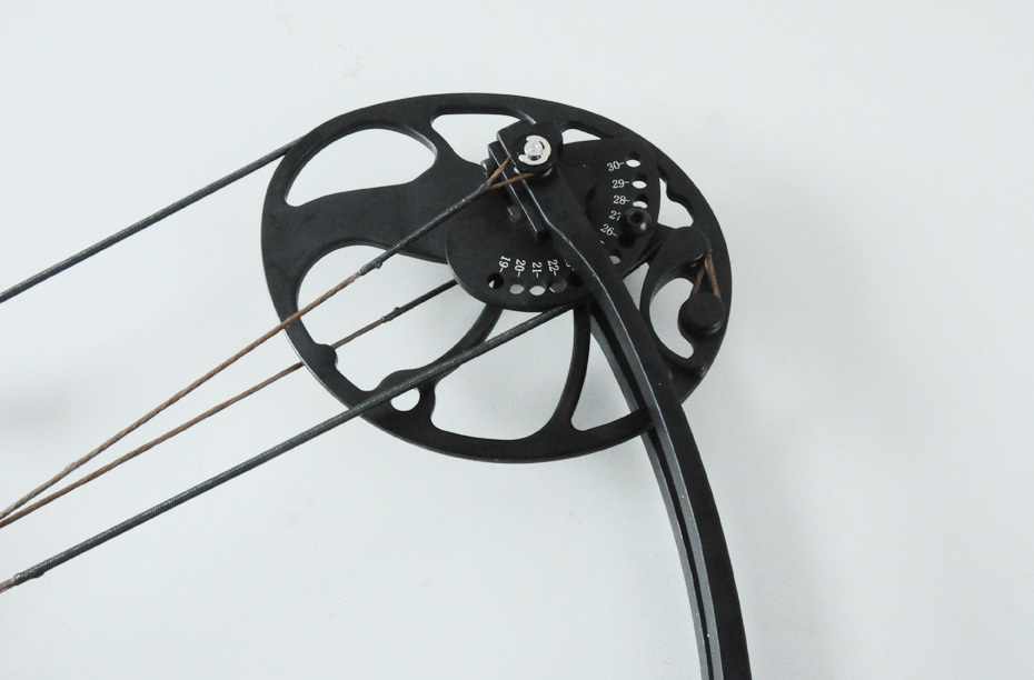 Left handed Black Hunting compound bow and arrow set Draw weight 15 70Lb adjustable Archery CNC