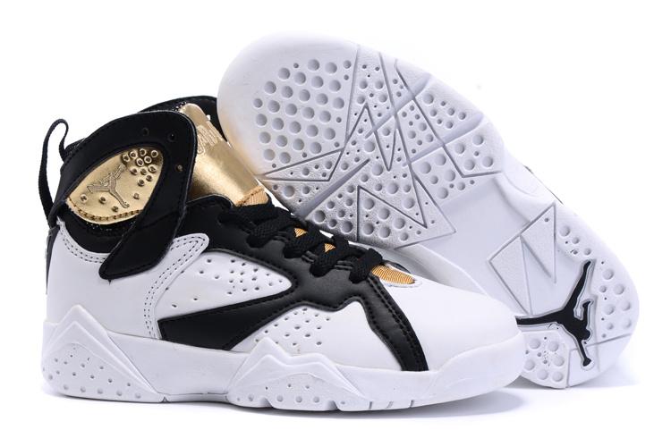 Air Jordans Taille De 2,5 Enfants Hauts Sommets