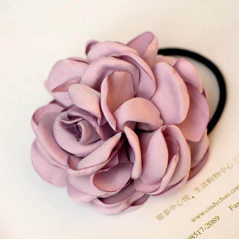 Резиночка для волос с цвет