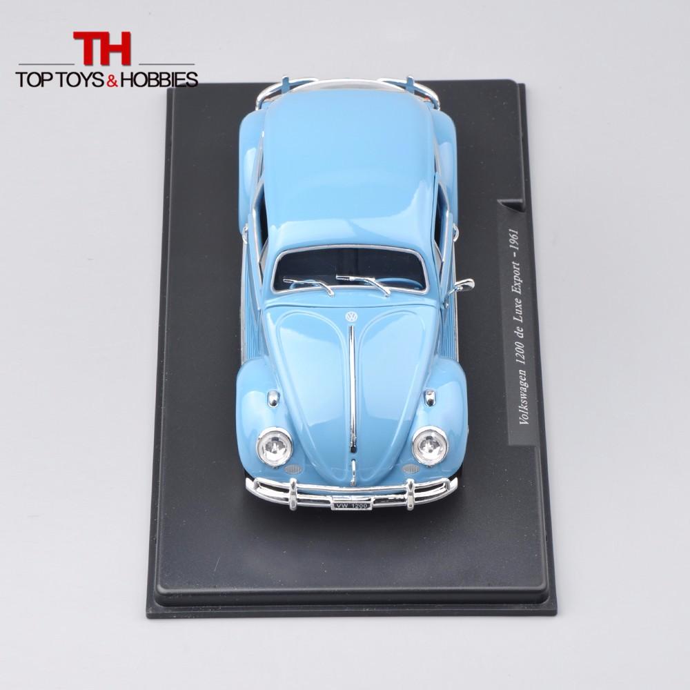 LEO1:24 Scale Volkswagen 1200 de Luxe Export-1961 Blue Diecast W open Doorways Colletible Mannequin Toys Vehicles for Youngsters Present