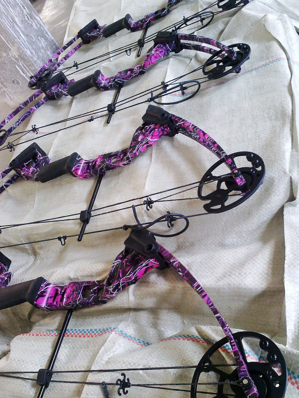 Purple Camo version bow and arrow archery set Hunting bow arrows set with excellent design compound