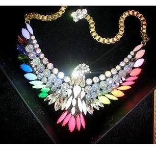 Min order is 6$ (mix order ) Multicolour beautiful phoenix crystal style rhinestone necklace beads fashion(China (Mainland))