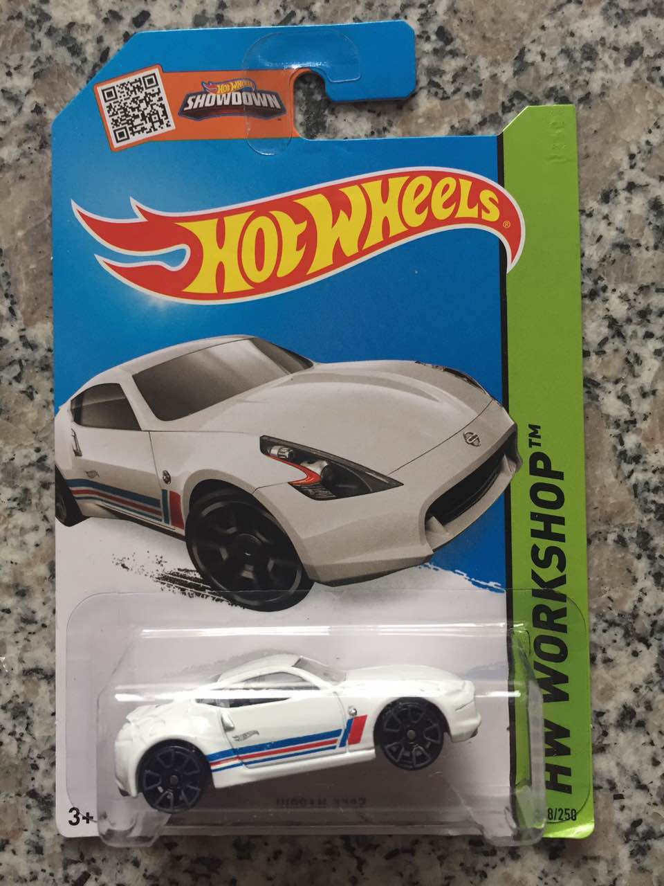 Free Shipping Alloy Mini Roadster Diecast Cars Nissan Models For Collection Wholesale Metal Cars Hot Wheels 1:144(China (Mainland))