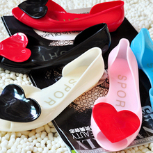 Free Shipping Summer Rain Boots Romantic Candy Shoes Heart Open Toe Sandals Love Shoes Woman Flat Crystal Women Sandals jelly(China (Mainland))