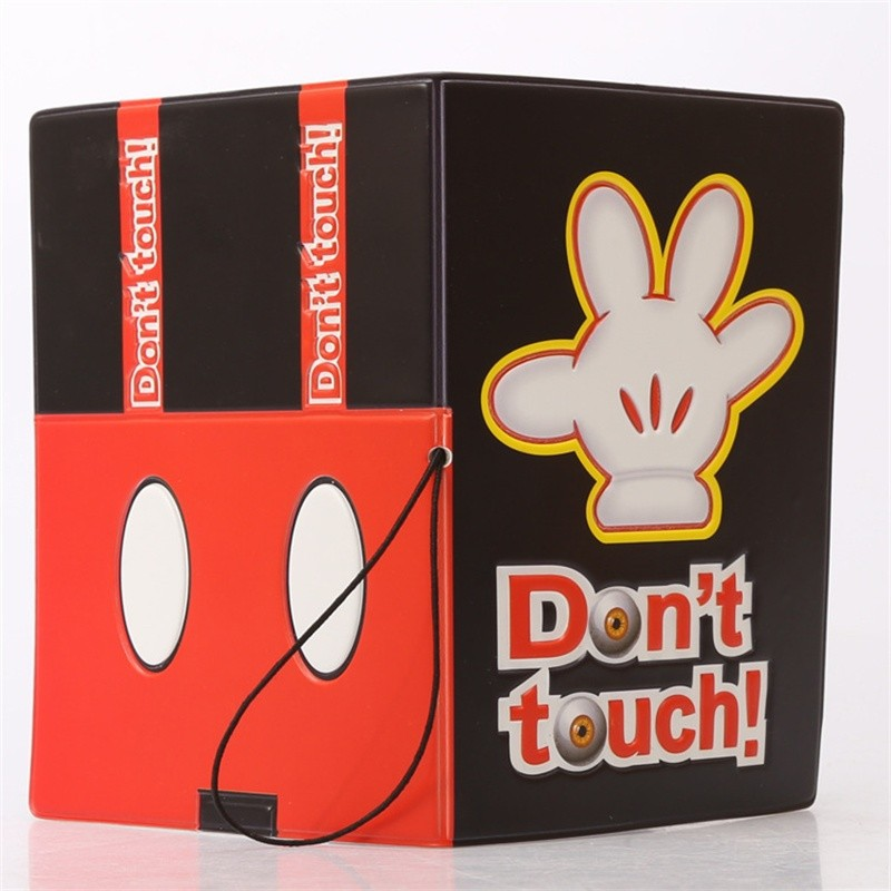 don\'t touch passport cover2