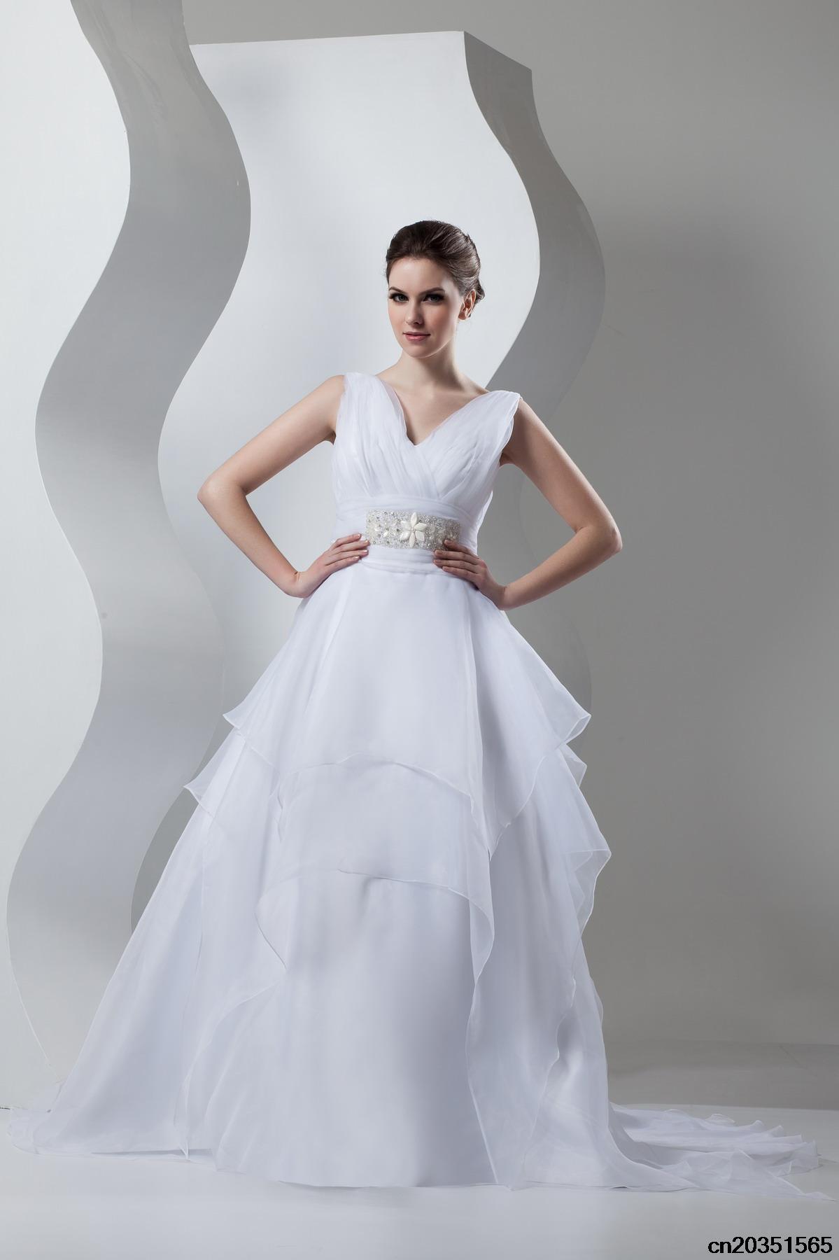 Hochzeitskleider für die reife Bräute