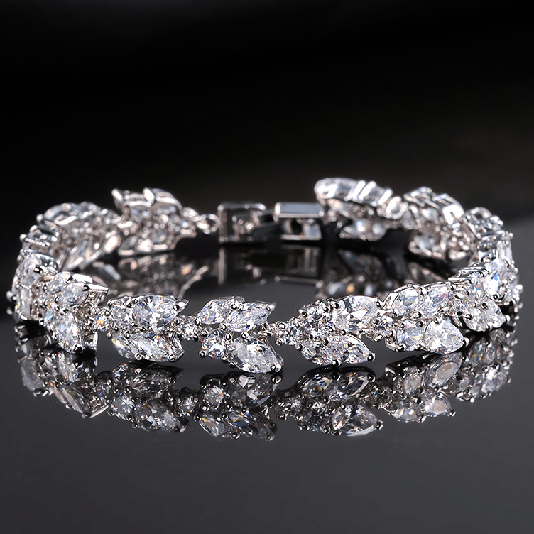 White Gold Plated AAA+ Round Swiss Cubic Zirconia Diamond Tennis Bracelet for Women 2015<br><br>Aliexpress