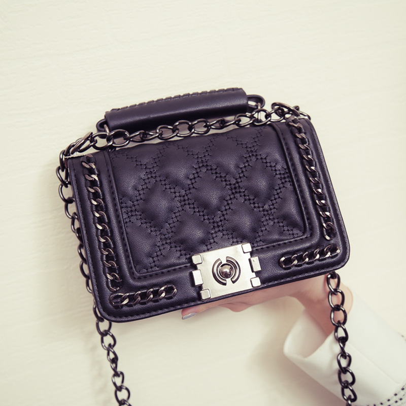 2016 Spring New WOMEN Handbags Plaid Crossbody Bag Famous Brand Design Chains Shoulder bag Flap Diamond Lattice bag RL1839<br><br>Aliexpress