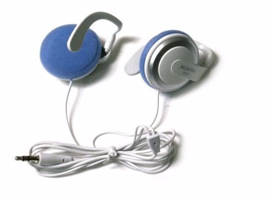 Super Bass Ear-hook earphone Q50 hanging headphones headsets earphones for IPHONE 5 6 plus for ipad 4 Sony mp3 free shipping
