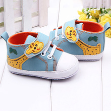 Baby Shoes Boys Cartoon Printed Giraffe Canvas Anti-slip Infant Soft Sole High First Walker(China (Mainland))