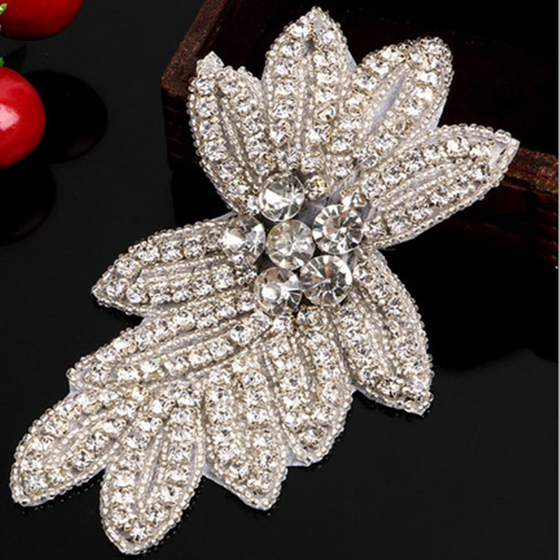 1 pc 15*8.5 cm Flower White Bead Rhinestones Applique for Wedding Dress Hats Sewing Accessories Lace Trim High Quality(China (Mainland))