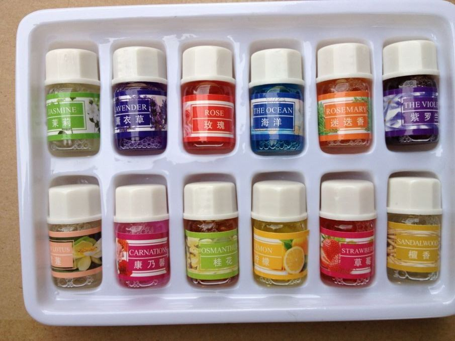 Brand New Essential Oils Pack for Aromatherapy Spa Bath Massage Skin Care Lavender Oil With 12 Kinds of Fragrance(China (Mainland))