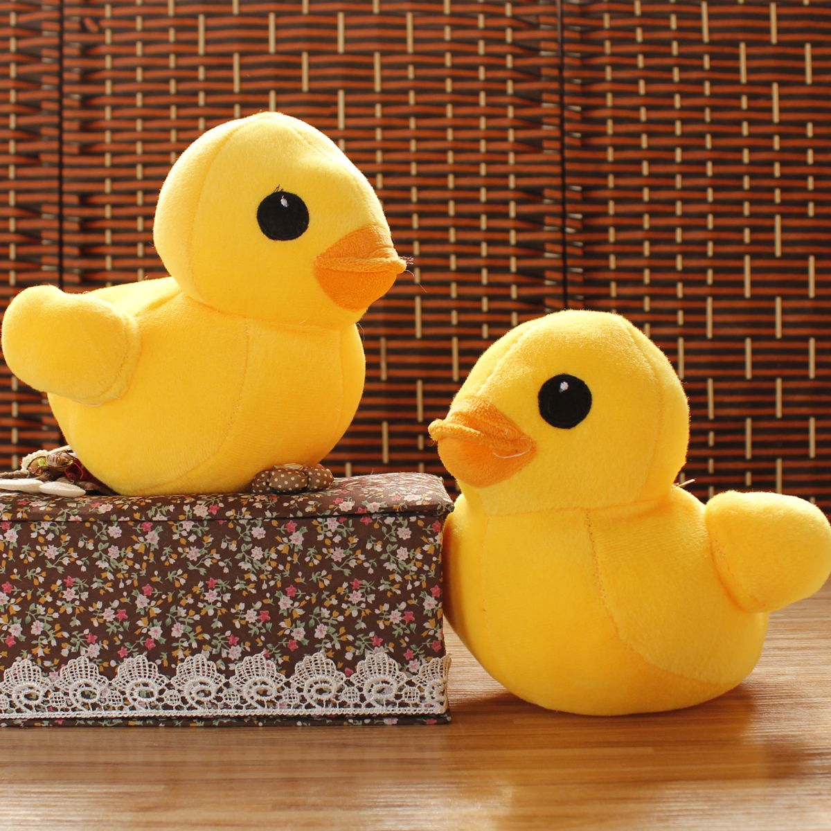 a pair of dolls lovely little duck stuffed toy cute duck doll wedding small gift small dolls about 20cm(China (Mainland))