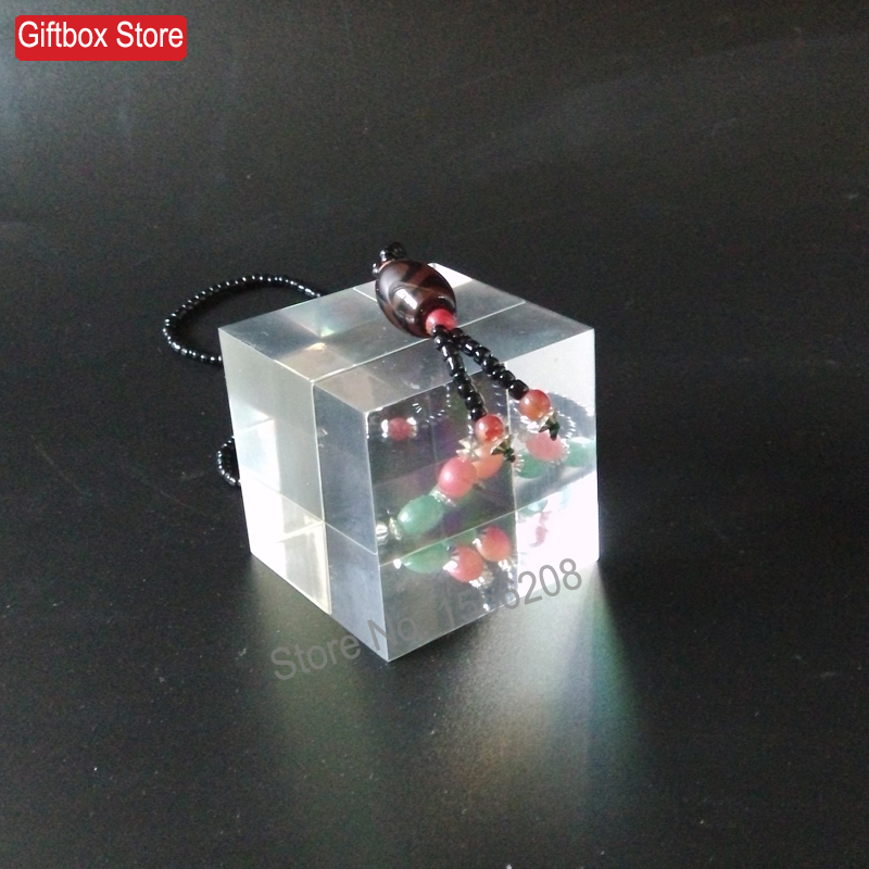 50x50x50mm Clear Plexiglass Display Block Acrylic Cube For Jewelry Stand Holder Cosmetic Show(China (Mainland))