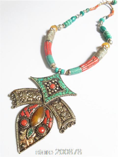 Get Con incrustaciones de diamantes vintage collar de