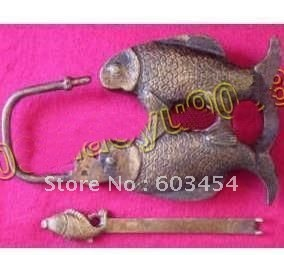 Wholesale Three fish Vintage cabinet copper lock and key carved  / Free Shipping
