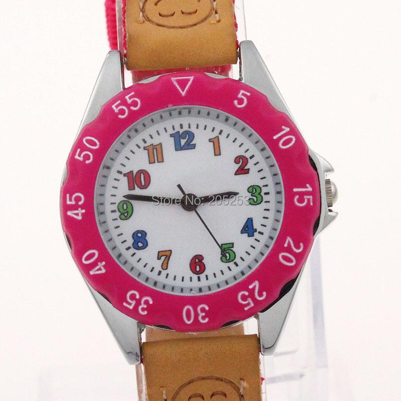 Бесплатная доставка высокое качество красочные девушка детей детского подарка мальчик девочка ремешок из ткани узнать время наставник студент кварцевые наручные часы u32p