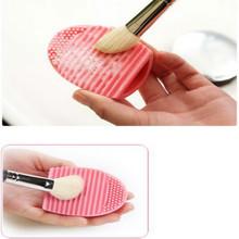 Caliente venta de silicona cepillo de limpieza huevo huevo cepillo cepillo cosmético pincel de maquillaje limpiador Cleaner limpia herramientas alta calidad(China (Mainland))
