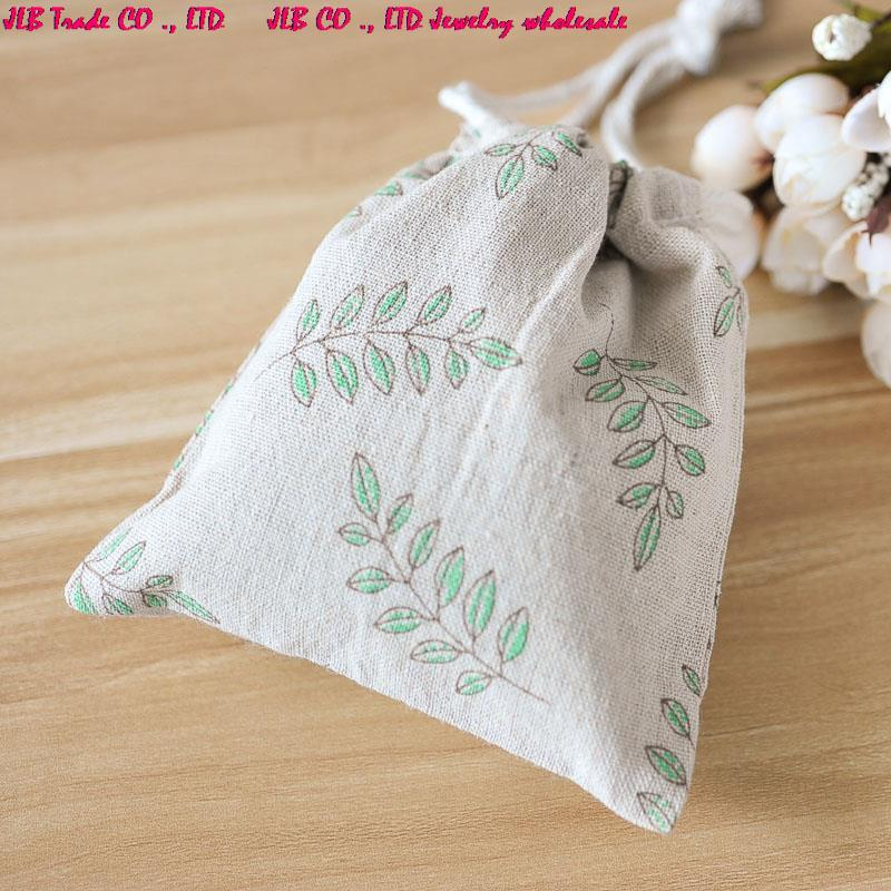 FALL SALE - Beautiful Autumn Leaves large fabric drawstring Bags & Great for crafts & gift wrap Storage Bags(China (Mainland))