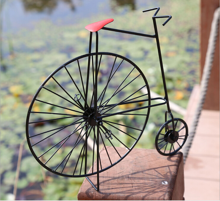 Free Shipping! Metal Bicycle Model Fashion Vintage Bicycle Desktop Decoration Gift Cantoon Iron Bike Mold(China (Mainland))