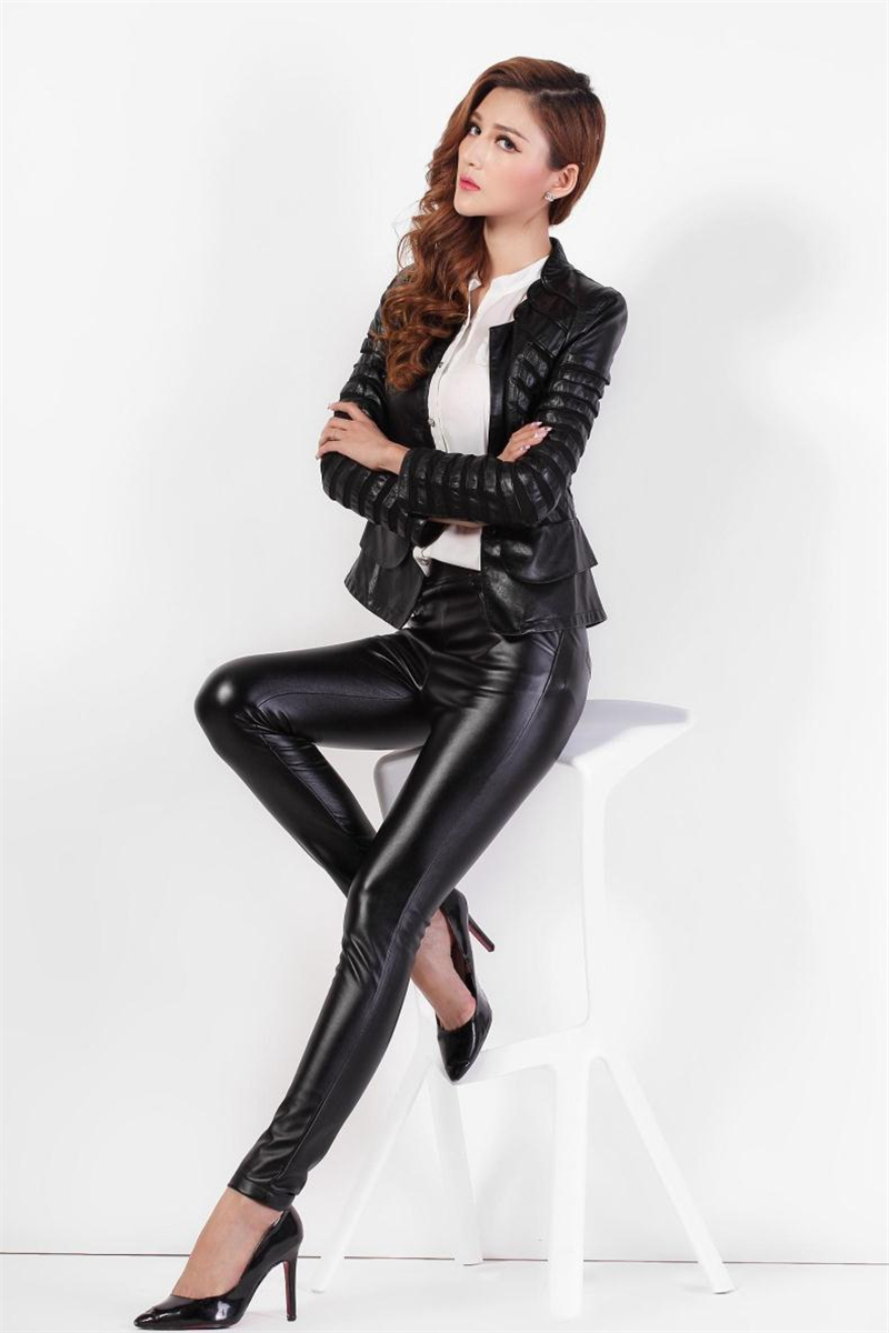 Women In Leather And Boots - Boot Hto