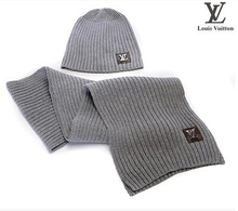 Two-piece set of warm hat scarf Men and women fashion warm in the winter to keep warm hat scarf The shawl (China (Mainland))