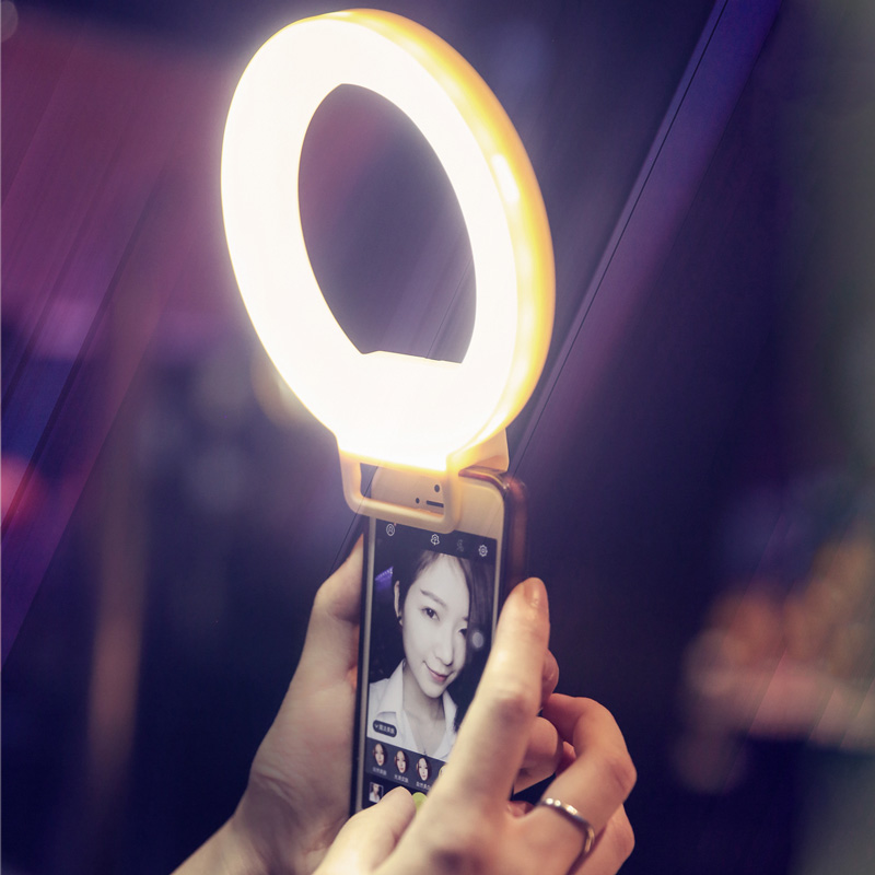 Smartphone LED Ring Selfie Light Supplementary Lighting Night Darkness Selfie Enhancing Photography for iPhone 5 6s Plus Samsung(China (Mainland))