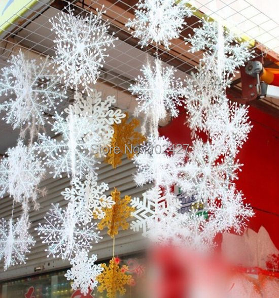 30Pcs/set Christmas Secoration White Snow Snowflakes Bunch Hanging Ornaments Stereoscopic Snow for Christmas Tree Accessories(China (Mainland))