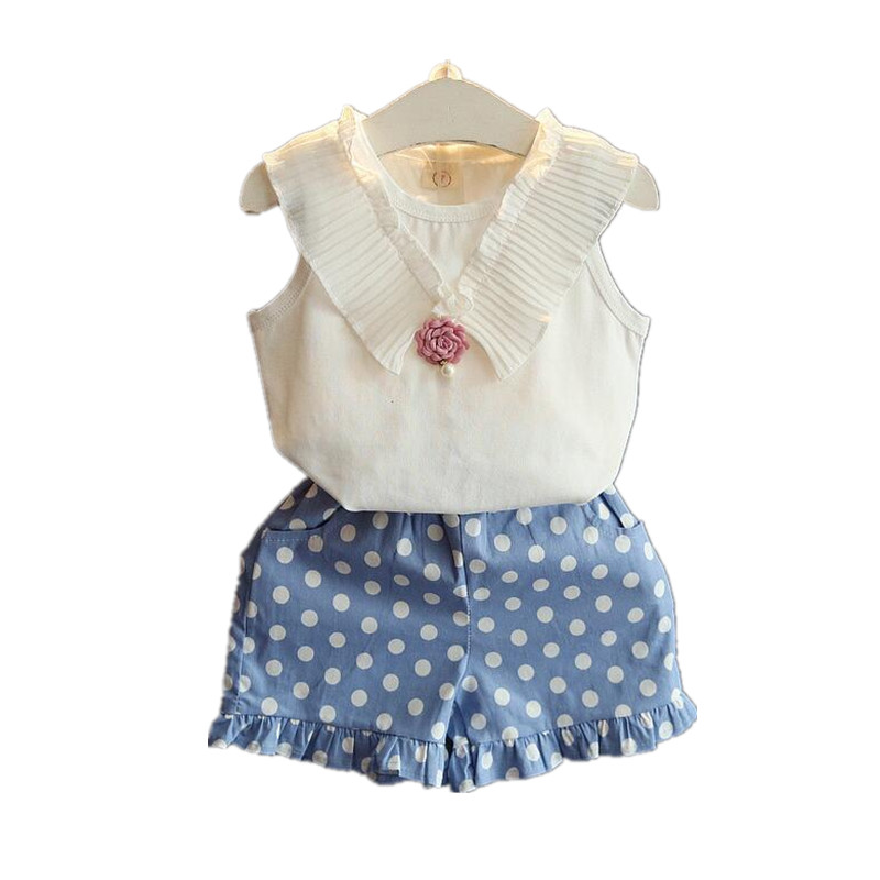 Girls clothing sets 2016 new summer girls clothes cute vest with flower brooch + dot shorts kids clothes suits children clothing(China (Mainland))
