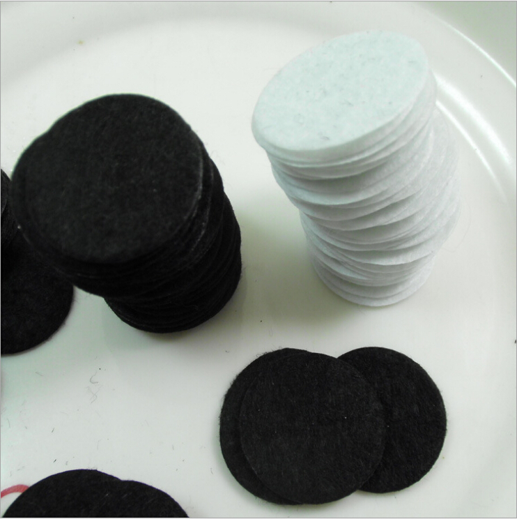 Wholesale Non-woven fabric spacers for Diy jewelry accessories round felt white & black 3cm/30MM diameter 1000pcs/lot(China (Mainland))