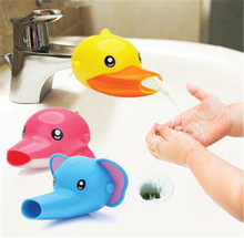 1 pcs New Arrival Cute Cartoon Faucet Extender For Kid Children Kid Hand Washing banheiro In Bathroom Sink 3 Colors(China (Mainland))